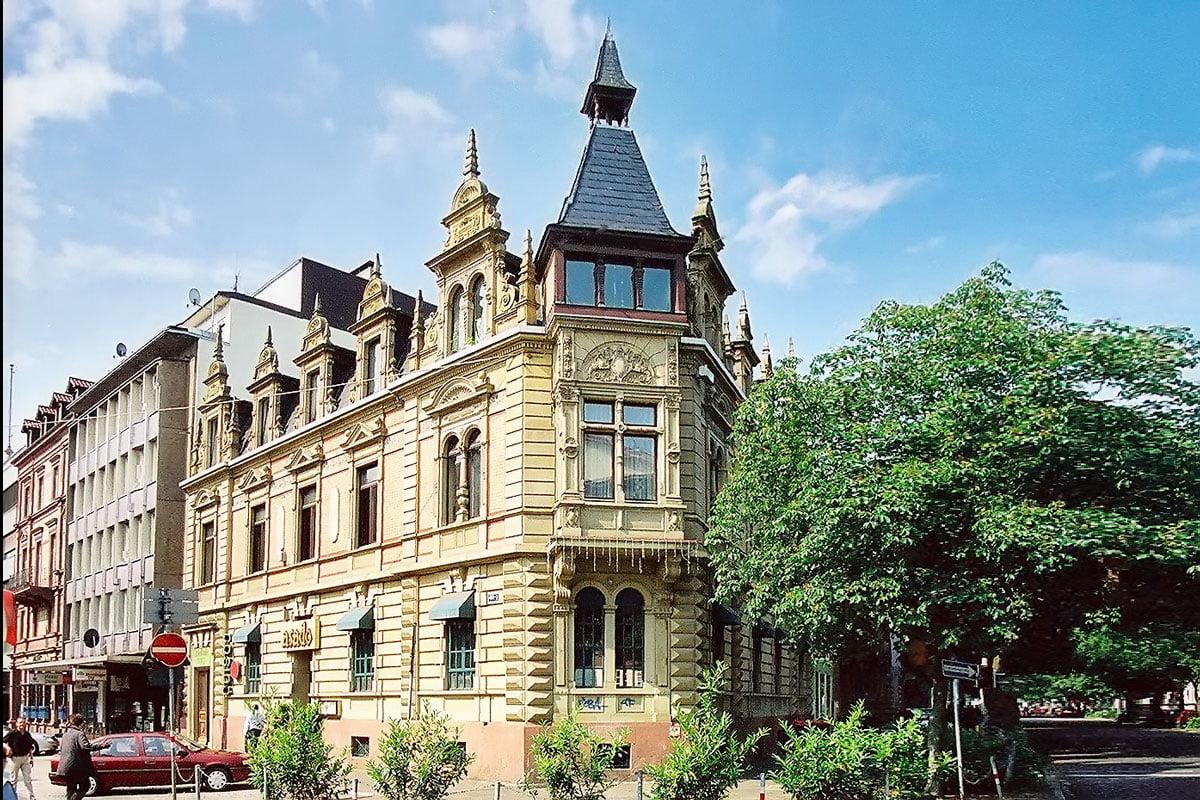 Budynek przy Karlstrasse 2 w Karlsruhe