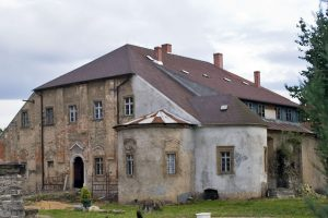 Dwór w Radomierzu