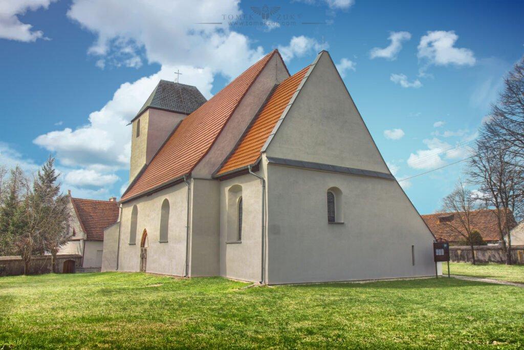 Kościół w Miodnicy