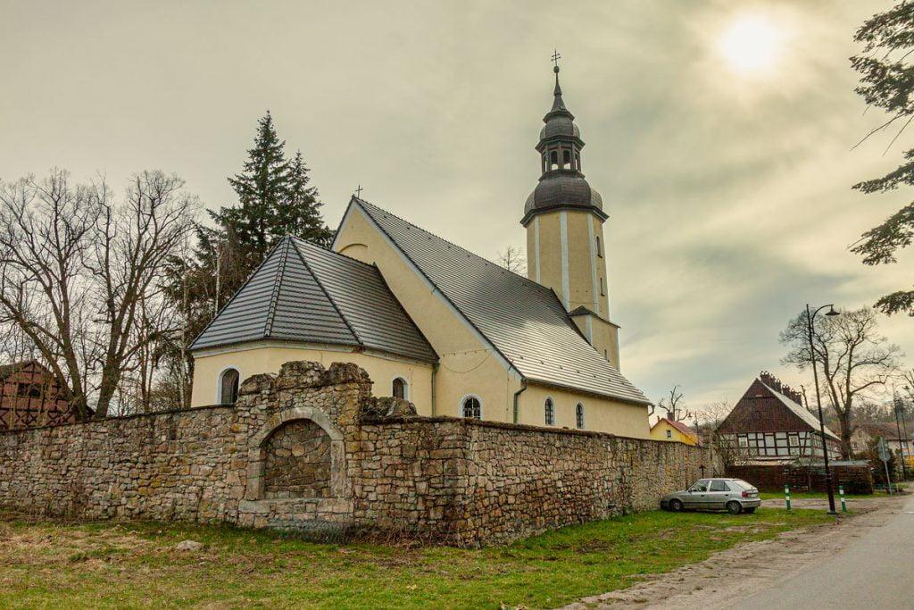 kościół w kliczkowie